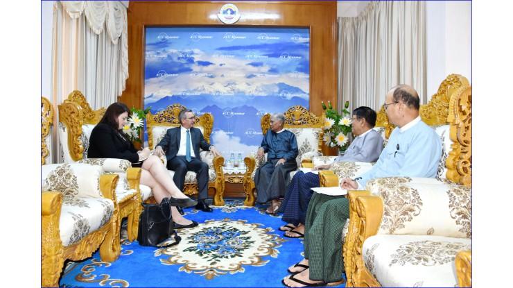 အဂတိလိုက်စားမှုတိုက်ဖျက်ရေးကော်မရှင် ဥက္ကဋ္ဌ ဦးအောင်ကြည် မြန်မာနိုင်ငံဆိုင်ရာ အမေရိကန် သံအမတ်ကြီး H.E. Mr. Scot Marciel နှင့်အဖွဲ့အား လက်ခံတွေ့ဆုံခြင်း